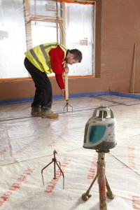 Setting levels for floor screed